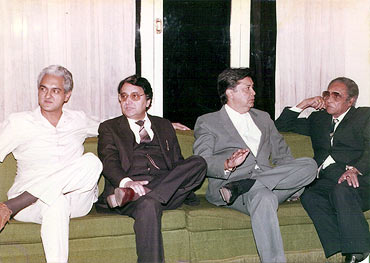 Ashok Kumar with son Arup Gangoly, son-in-law Hameed Jaffrey and son-in-law Deven Verma
