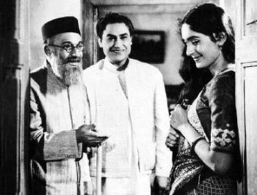 Ashok Kumar with Nutan in Bandini