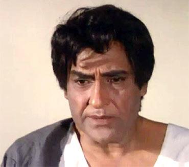 Ashok Kumar in Aashirwad