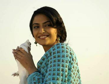 Sonam Kapoor in Delhi 6