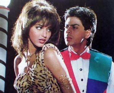 Sonali Bendre and Shah Rukh Khan in English Babu Desi Mem