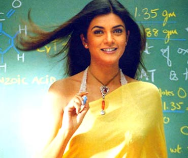 Sushmita Sen in Main Hoon Na