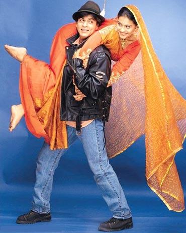 Shah Rukh Khan and Kajol in Dilwale Dulhaniya Le Jayenge