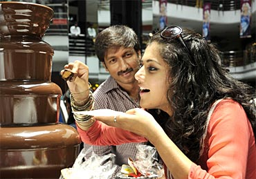 A still from Mogudu