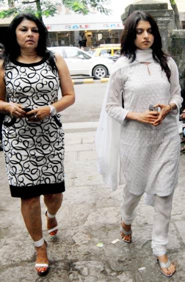 Kiran Juneja and Bhagyashree