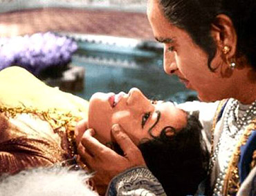 ... epic than K Asif's period masterpiece that remains the grandest Hindi ...