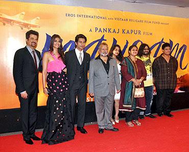 Anil Kapoor, Sonam Kapoor, Shahid Kapoor, Pankaj Kapoor, Supriya Pathak with kids Ruhaan and Sanah, Pritam