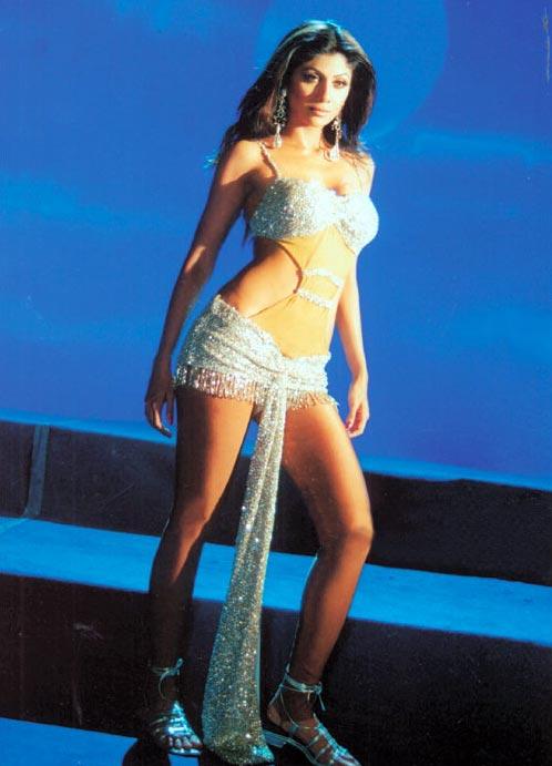 Shilpa Shetty in Auto Shankar