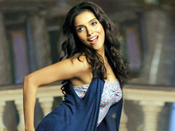 Asin in Housefull-2