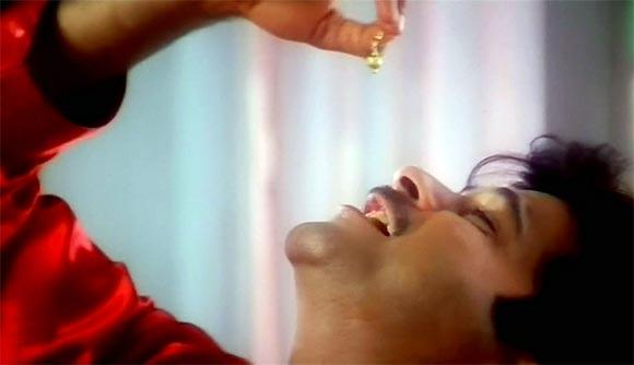 Anil Kapoor in the song Ek Ladki Ko Dekha Toh Aisa Laga from 1942 A Love Story