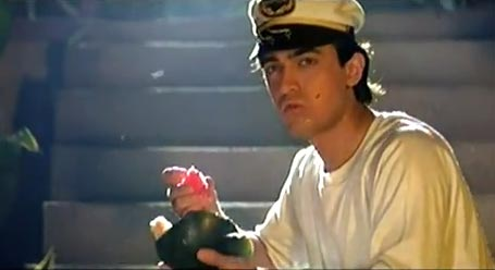 Aamir Khan in Dil Hai Ki Manta Nahi