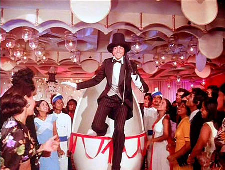 Amitabh Bachchan in Amar Akbar Anthony