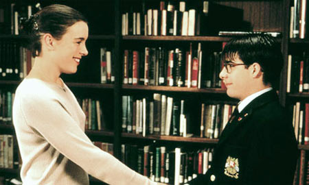Olivia Williams and Jason Schwarzman in Rushmore