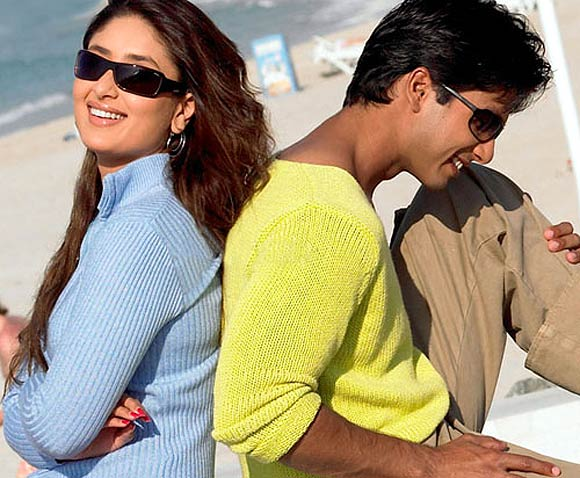 Kareena Kapoor and Shahid Kapoor in Milenge Milenge
