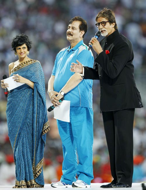 Mandira Bedi, Subrata Roy and Amitabh Bachchan