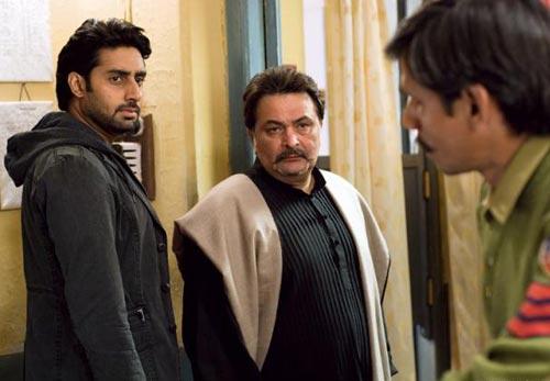 Abhishek Bachchan, Rishi Kapoor and Vijay Raaz in Delhi 6