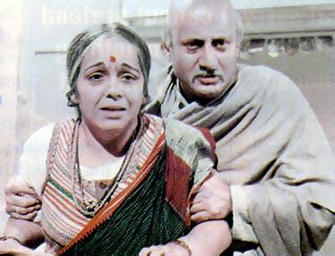 Rohini Hattangadi and Anupam Kher in Saraansh