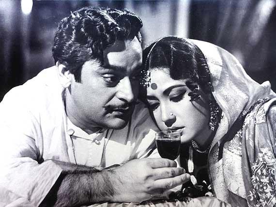 Rehman and Meena Kumari in Sahib Biwi Aur Ghulam