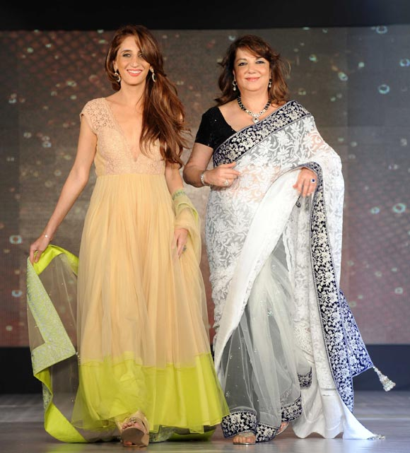 Farah Khan Ali and Zarine Khan