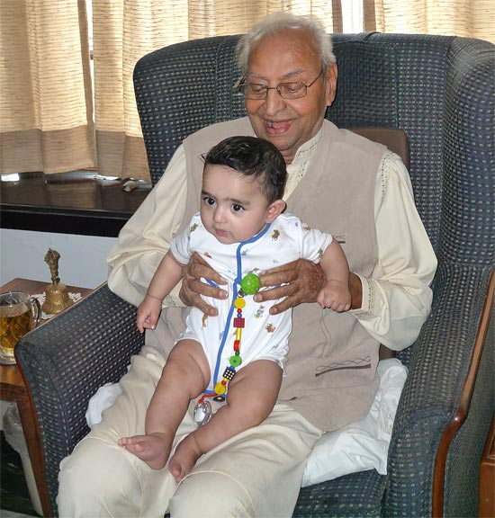 Pran with his great grandson Ryan