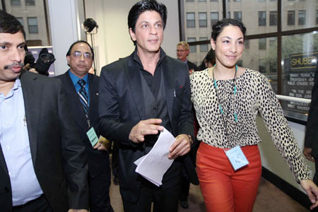 Shah Rukh Khan makes a grand entry