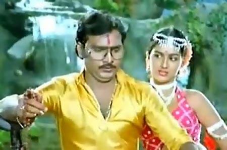 A scene from Mundhanai Mudichu