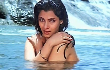Dimple Kapadia