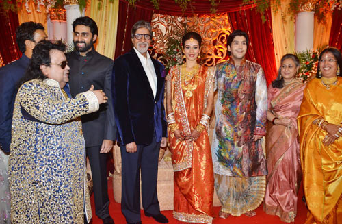 Bappi Lahiri, Abhishek and Amitabh Bachchan, Taneesha Verma, Bappa Lahiri, Jaya Bachchan