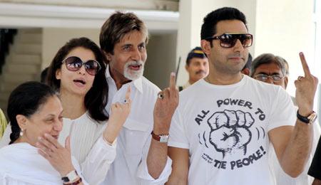 Jaya, Aishwarya Rai, Amitabh and Abhishek Bachchan
