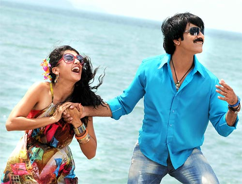 Ravi Teja and Taapsee in Daruvu
