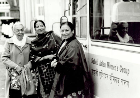 Zohra Sehgal (far left) in a scene from Bhaji On The Beach