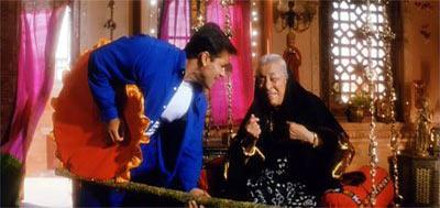Salman Khan and Zohra Sehgal in Hum Dil De Chuke Sanam