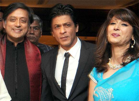 Shashi Tharoor, Shah Rukh Khan and Sunanda Pushkar