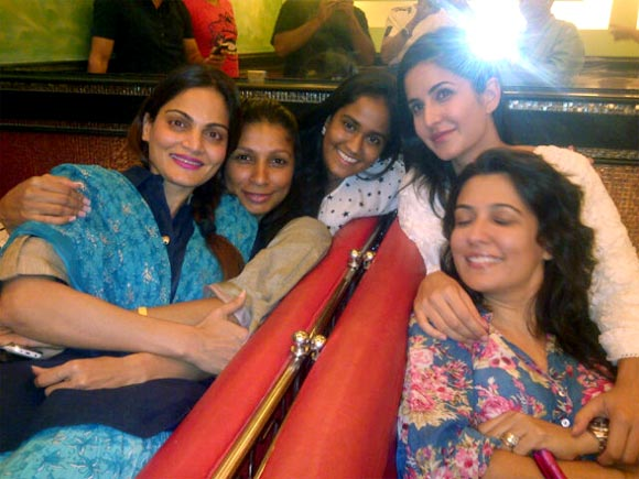 Katrina Kaif with Alvira and Arpita Khan and friends
