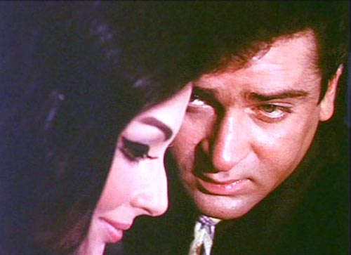 Shammi Kapoor and Sharmila Tagore in Evening in Paris