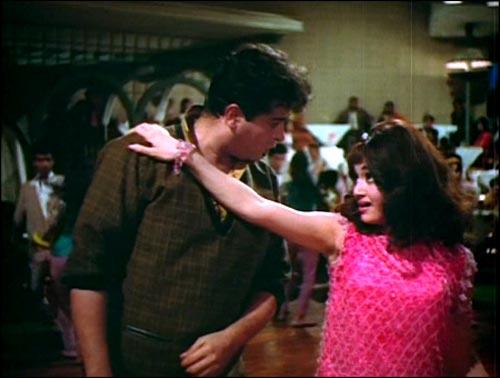Shammi Kapoor and Asha Parekh in Aaja Aaja