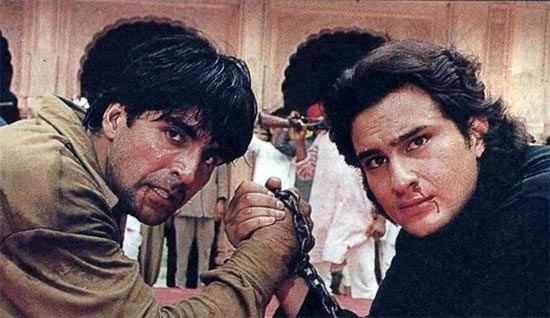 Akshay Kumar and Saif Ali Khan in Tu Chor Main Sipahi