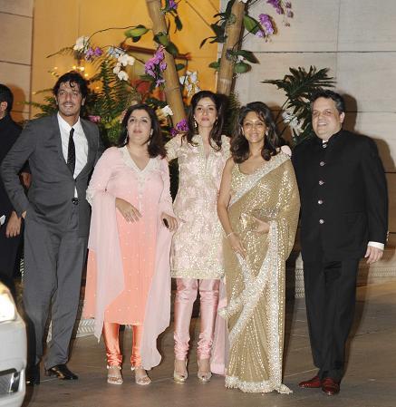 Chunky Pandey, Farah Khan, Bhavna Pandey, Gauri Khan