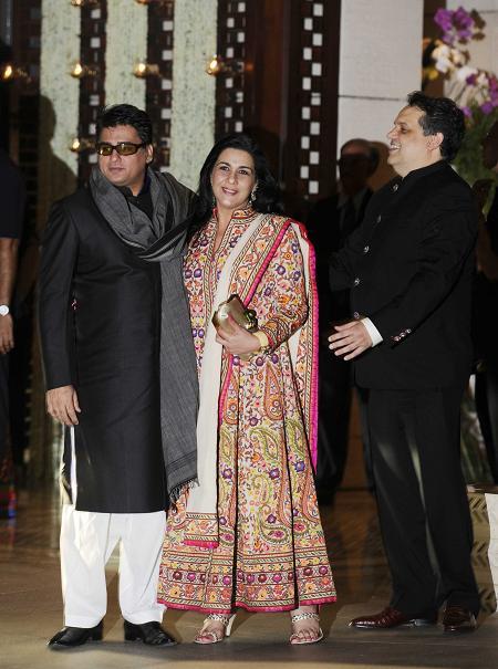 Ayub Khan, Amrita Singh
