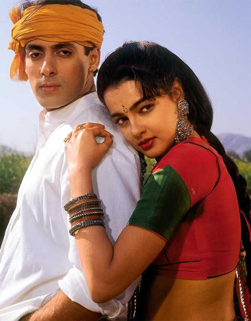 Salman Khan and Mamta Kulkarni in Karan Arjun