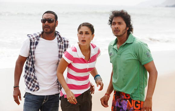 Ajay Devgn, Kareena Kapoor and Shreyas Talpade in Golmaal 3