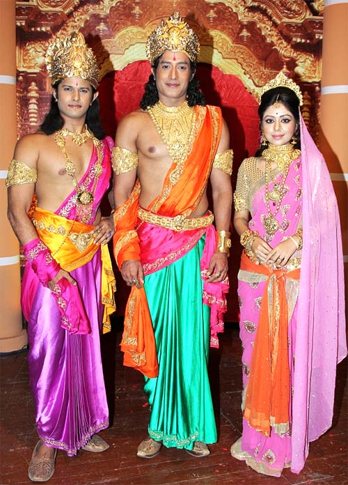 Neil Bhatt, Gagan Malik and Neha Sargam as Lakshman, Ram and Sita