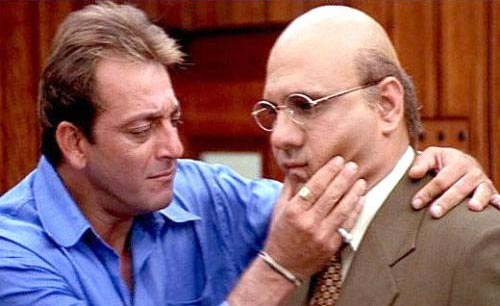Sanjay Dutt and Boman Irani in Munnabhai MBBS