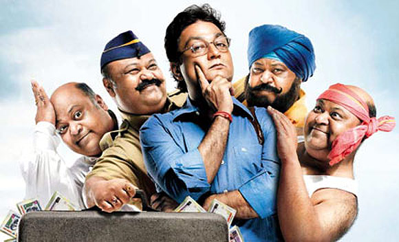 Saurabh Shukla and Vinay Pathak in Oh My God