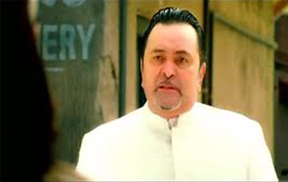 Rishi Kapoor in Thoda Pyar Thoda Magic