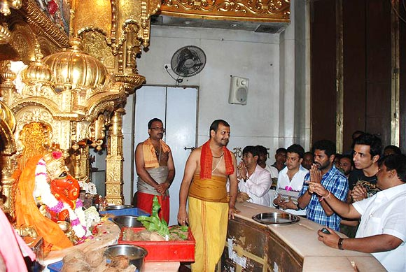 Prabhu Deva and Sonu Sood in Siddhi vinayak temple.