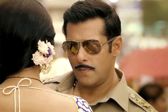 Salman Khan and Sonakshi in Dabangg