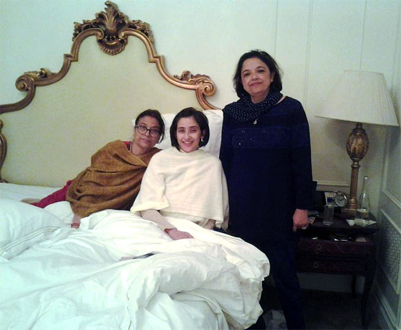 Manisha Koirala with her relatives