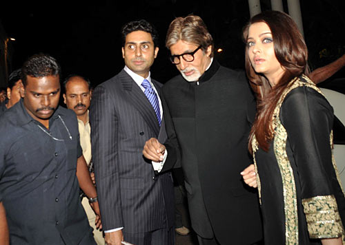 Abhishek, Amitabh and Aishwarya Bachchan arrive at the venue