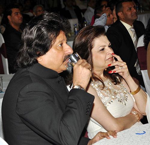 Pankaj Udhas and Farida
